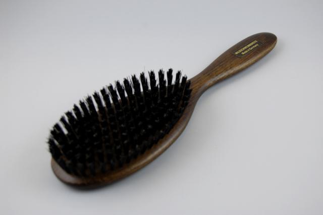 hårbørste med naturhår